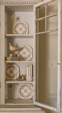 Kristin Mullen Designs Lister bookcase