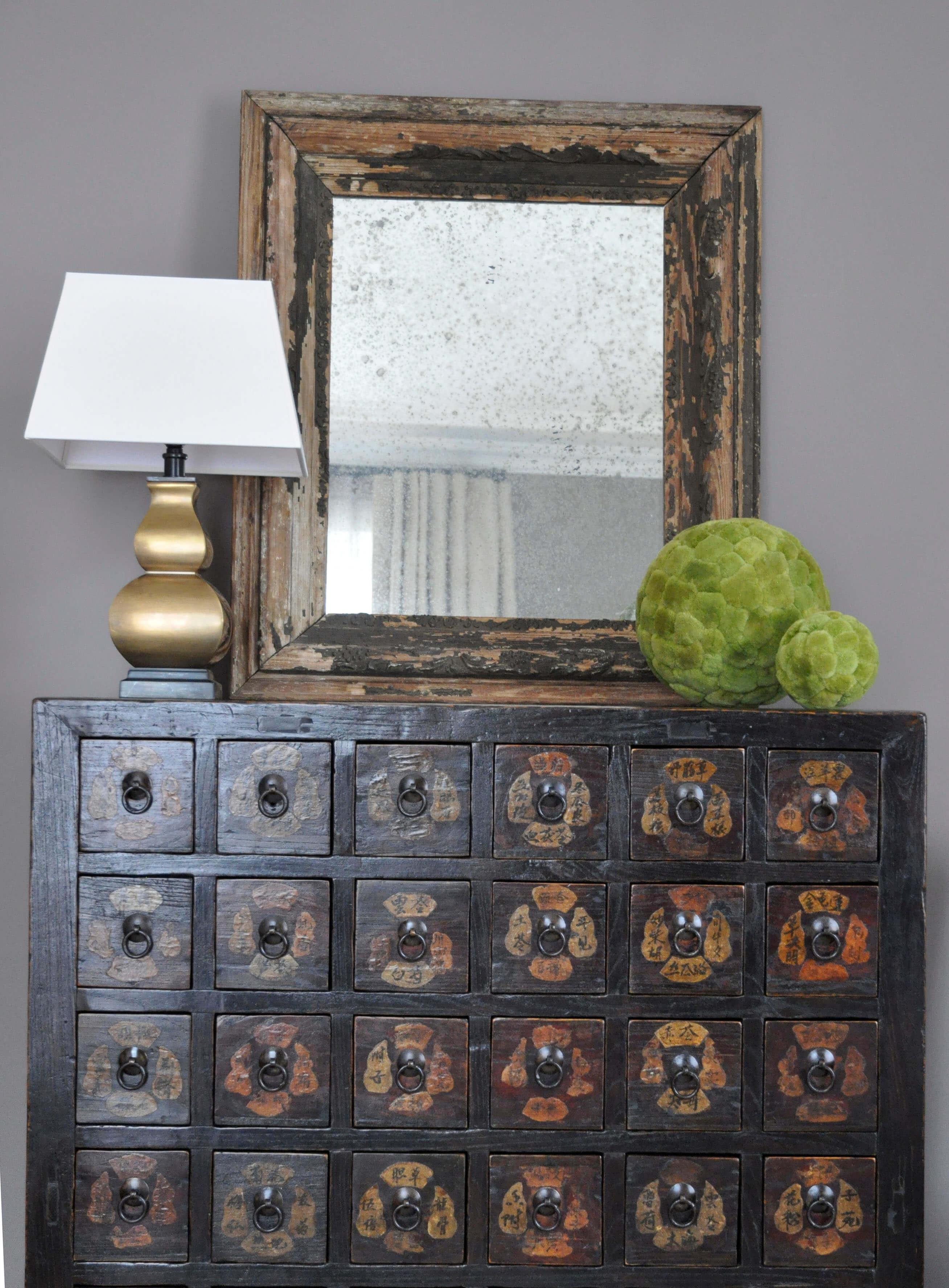 Kristin Mullen Designs Helen living room vignette